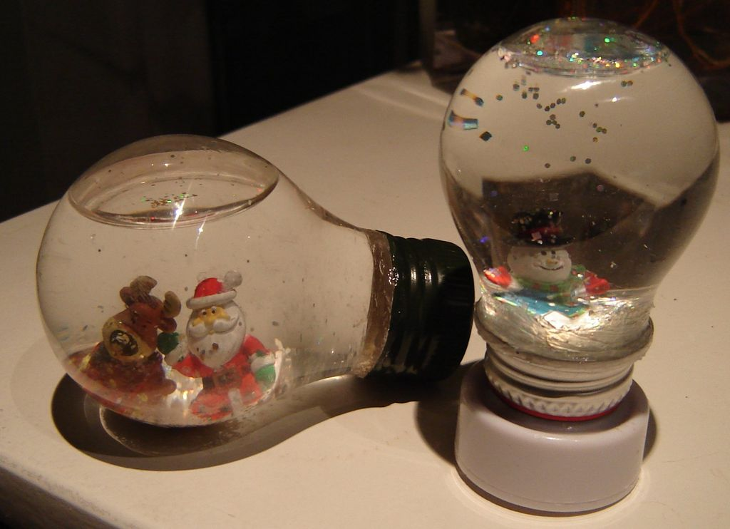 Light Bulb Snow Globes