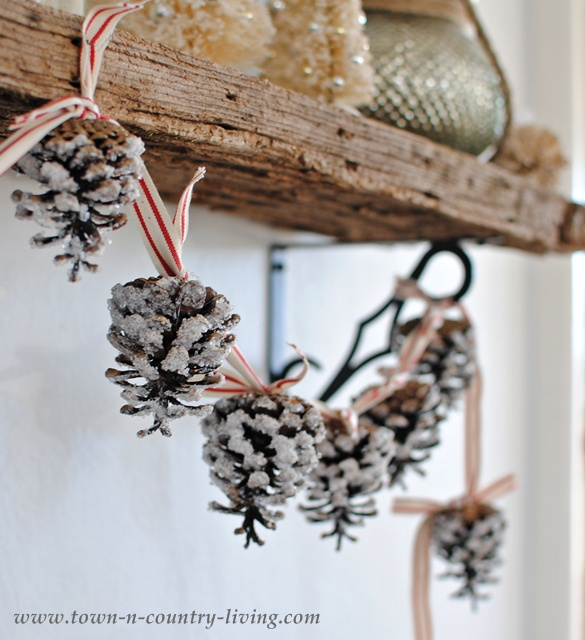 how-to-make-a-pine-cone-garland