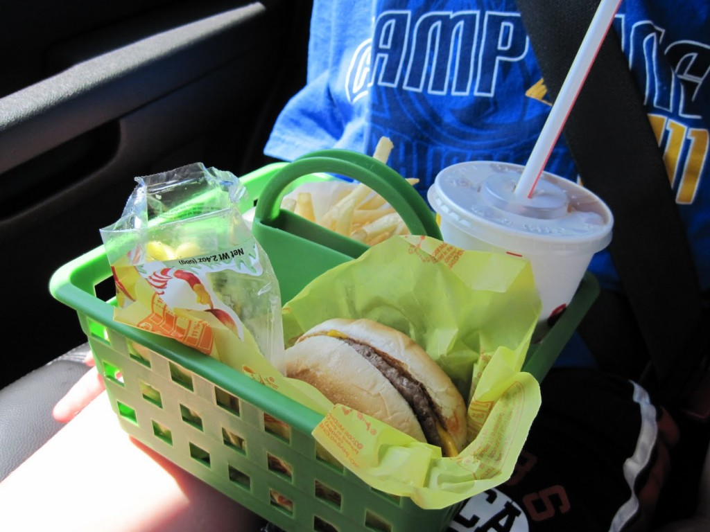 An Easy Way For Kids To Eat Fast Food In The Car