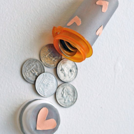 Upcycle It - Store Quarters in Your Pill Bottle