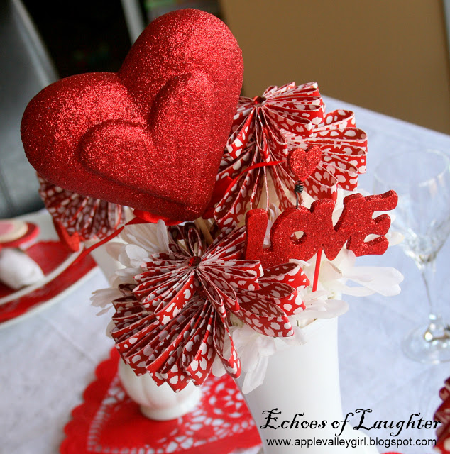 Valentine's Vases and Napkins