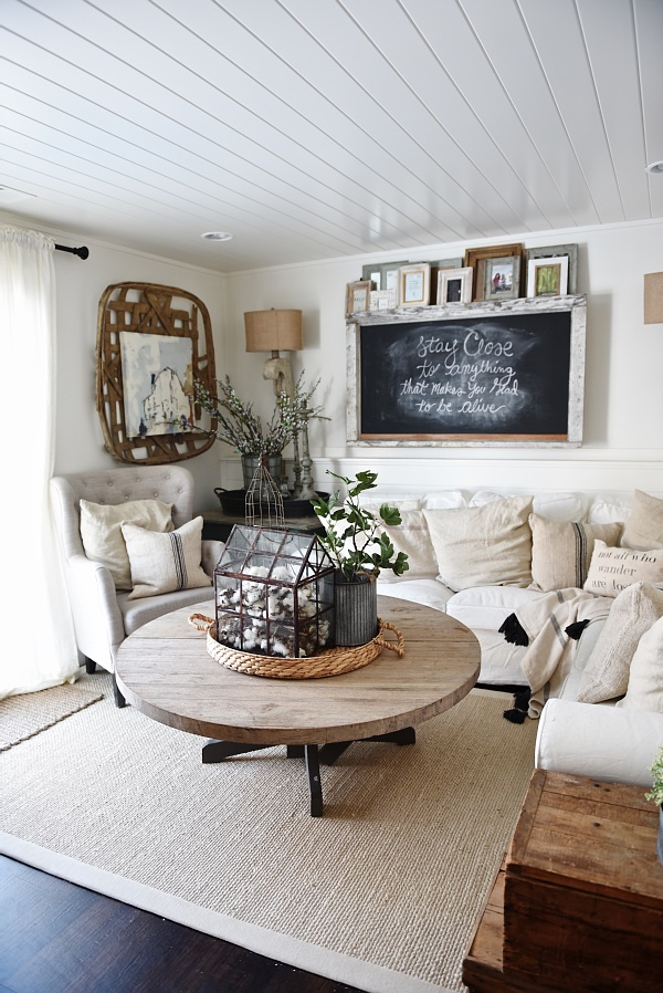 20 gorgeous rustic living room ideas that will melt your for Diy living room designs