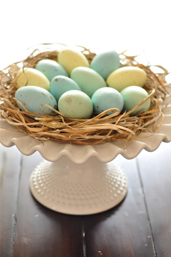 DIY Robin Blue Painted Easter Eggs