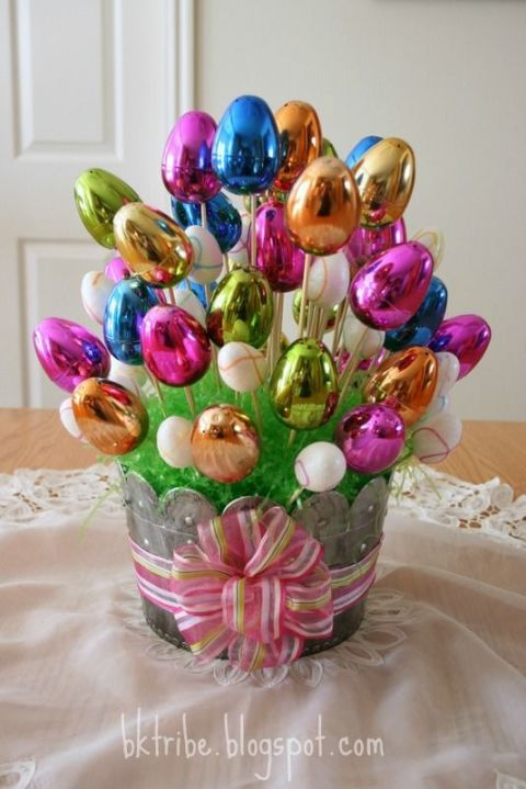 20 easter centerpieces celebrating the blooming buds with utmost easter egg bouquet negle Image collections