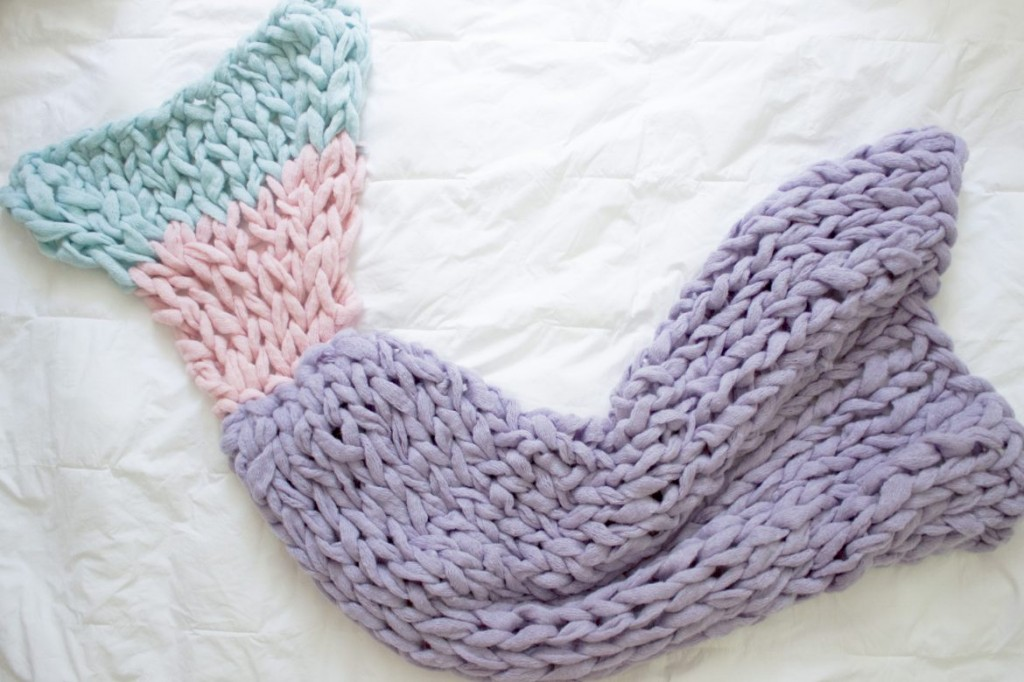 Arm Knitting Tutorial Pdf : Diy knitted blankets that are all about comfort and