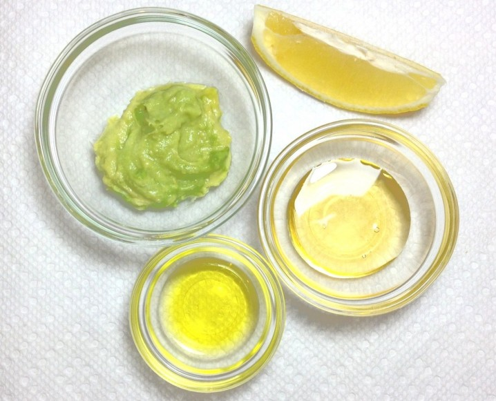 DIY Moisturizing and Exfoliant Face Mask