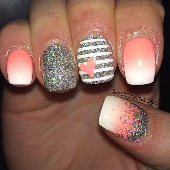 Dramatic Glittery Manicure