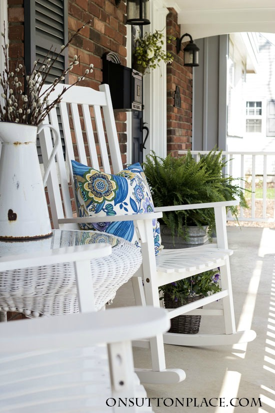 Spring Porch Decoration Ideas That Are Much More Than Just