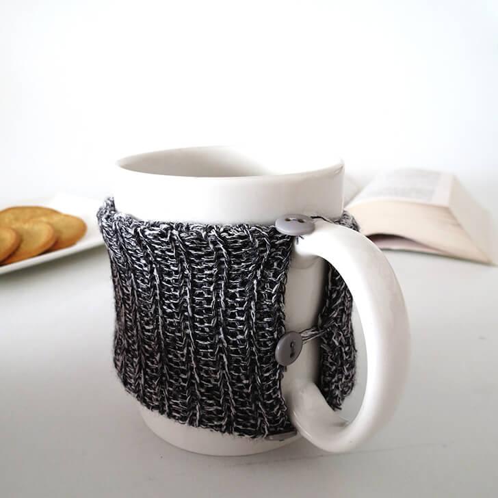 Make a Cozy Knitted Mug
