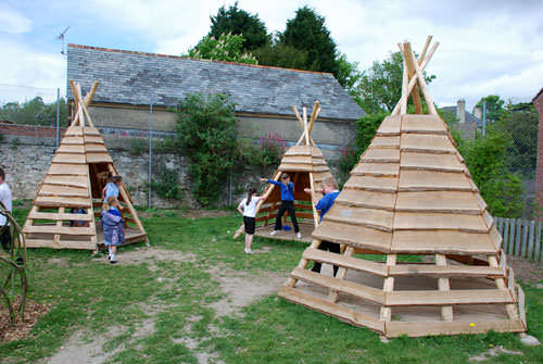Pallets Logs Teepee