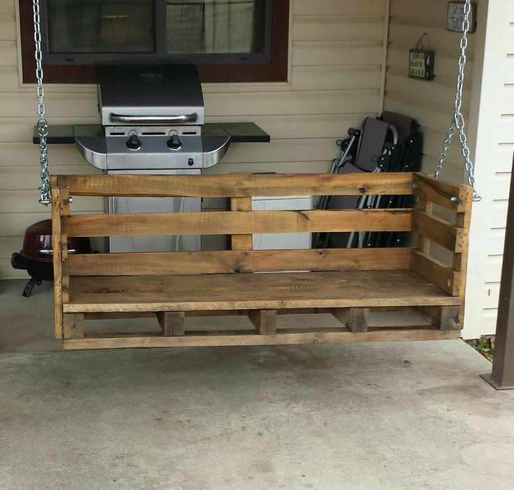 Country Pallet Porch Swing