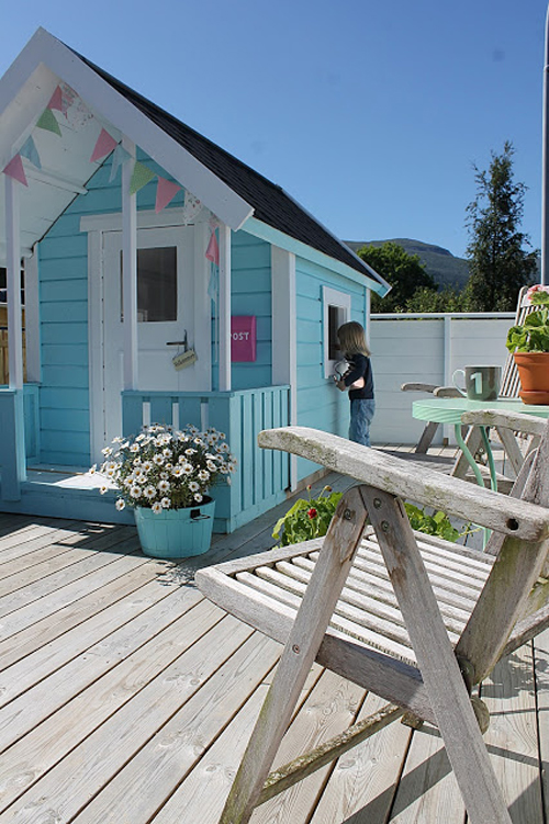 25 Amazing Outdoor Playhouse Ideas To, Girls Outdoor Playhouse