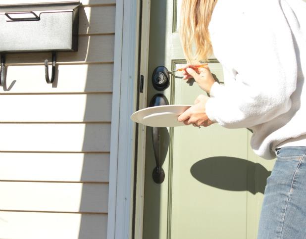 Painting Door Knobs