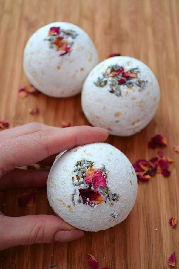 Rose, Lavender and Oatmeal Bath Bombs