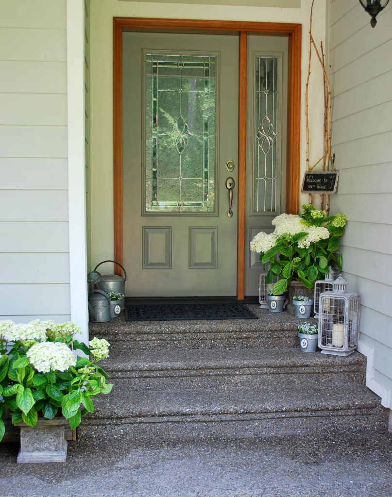 Spring into Summer Front Entry