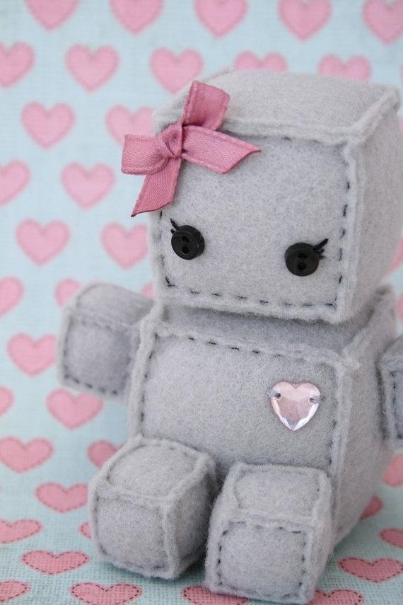 The Most Wonderful Felt Robots