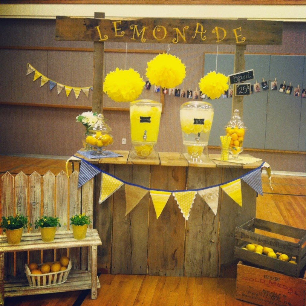 Bright Homemade Lemonade Stand