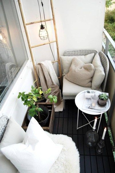 Awesome Small Balcony Ideas Glorifying Even The Tiniest of Spaces!