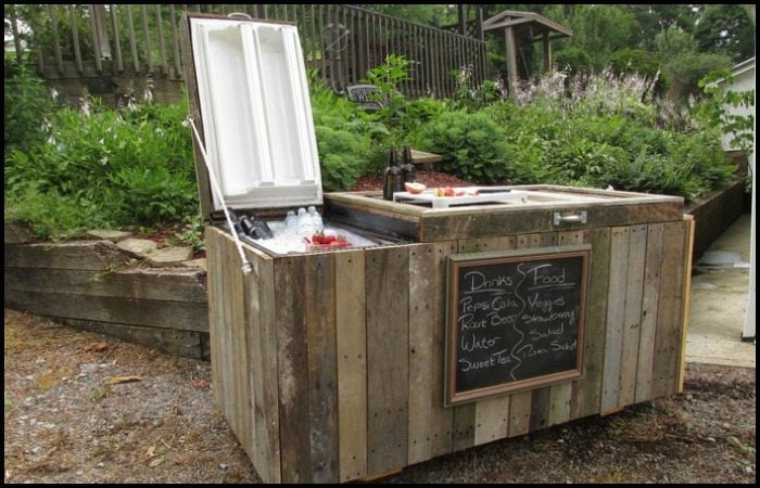 Old Fridge to Rustic Cooler