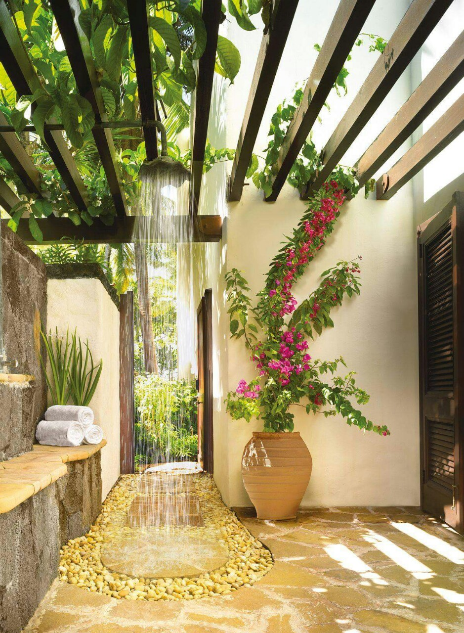15 Fabulous Outdoor Shower Ideas Letting You Cherish A Comforting Open Air Bath