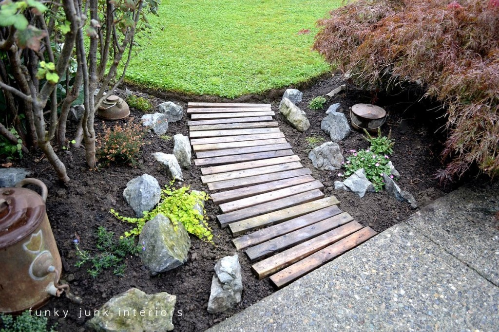 20 garden path ideas and walkways making a statement in - Using stone in rustic gardens elegance and drama ...
