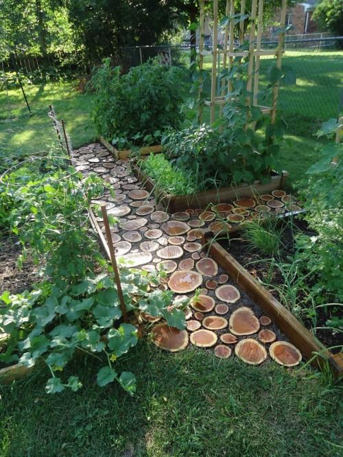 Wood Slice Garden Path