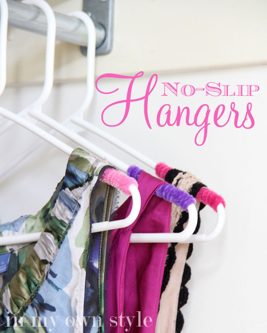 Clothes Closet Organizing : No-Slip Hangers