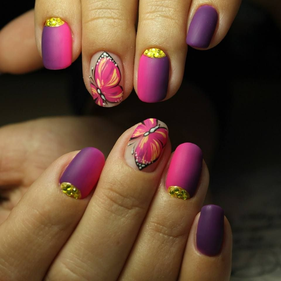 Floral Printed Bridal Nails