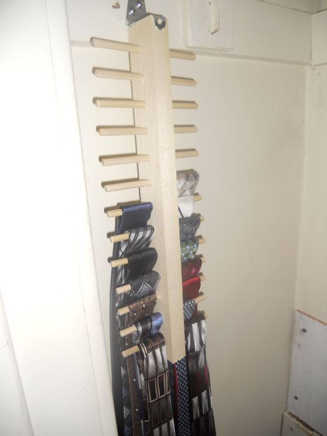 Space Saving Tie Rack