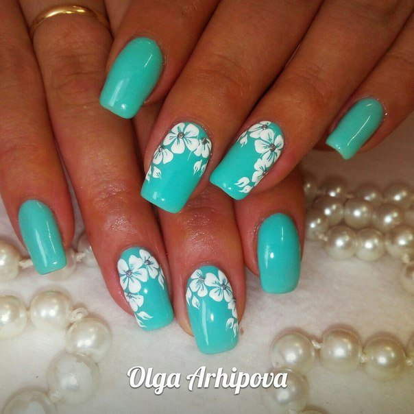 White on Turquoise Floral Nails