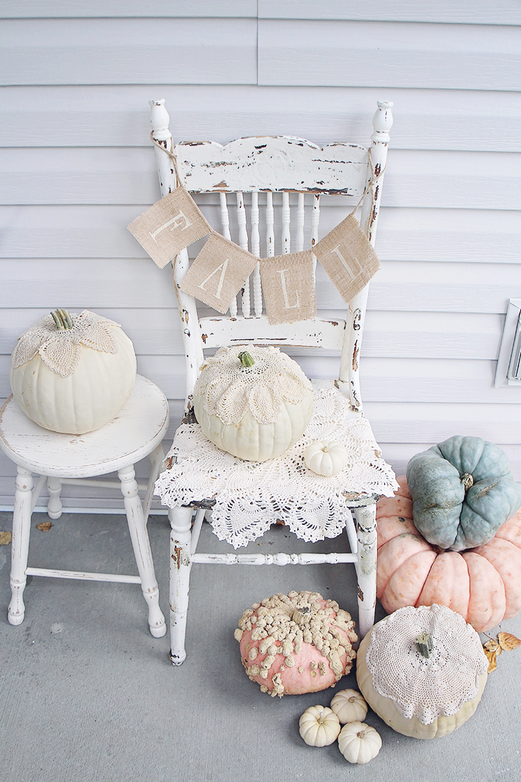 Antique Farmhouse Decor for Fall And Halloween