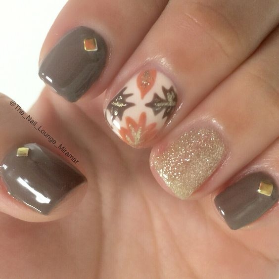 Autumn Fall Leaves Nail Design