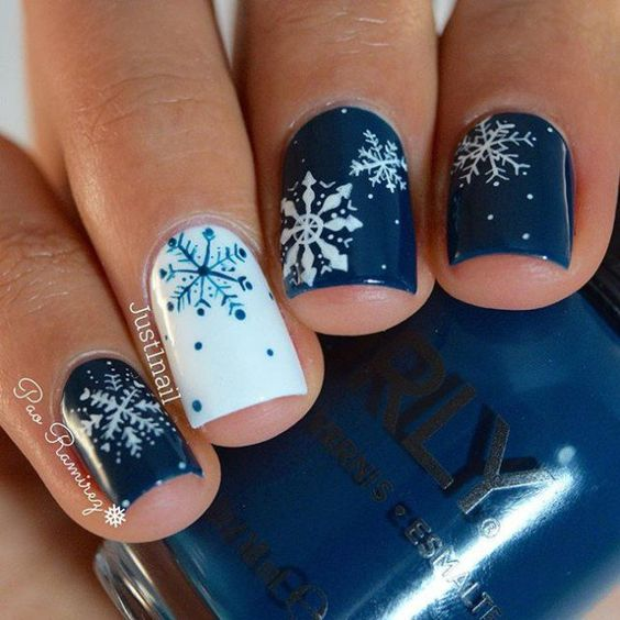 Must Try Snowflake Nail Art