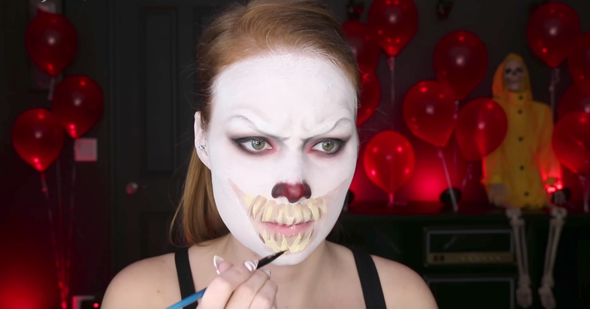 It pennywise halloween makeup video tutorial for Epic diy projects