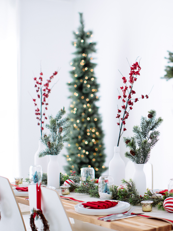 20 Beautiful Christmas Table Settings and Centerpieces