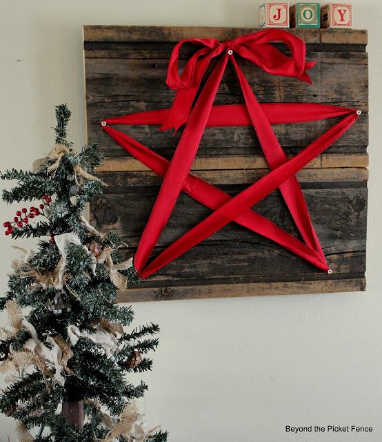Barn Wood Star Sign
