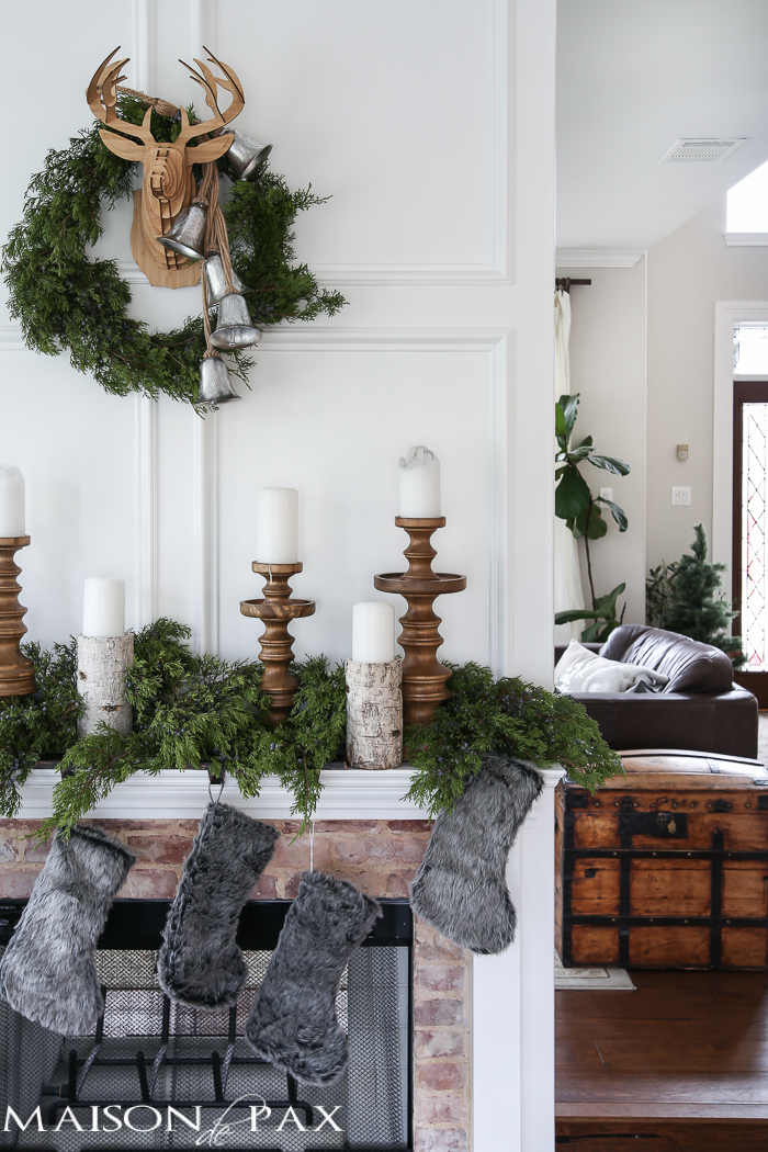 Winter Woodland Christmas Mantel Decor