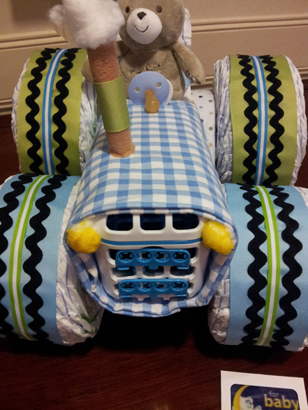 Tractor Diaper Cakes : Adorable diaper cake ideas to make a baby shower more