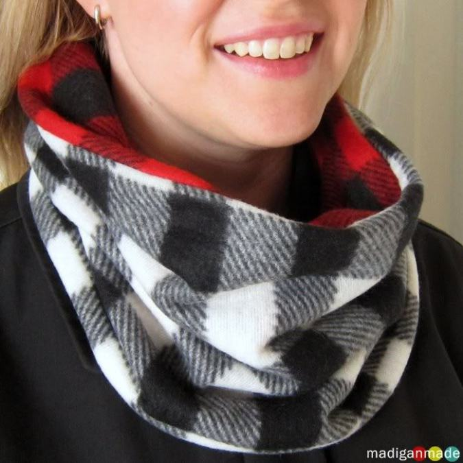 How to Sew Reversible Cowl Scarf
