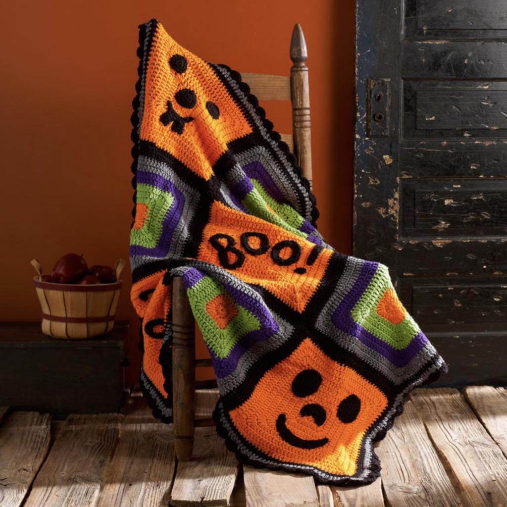 Pumpkin Face Throw