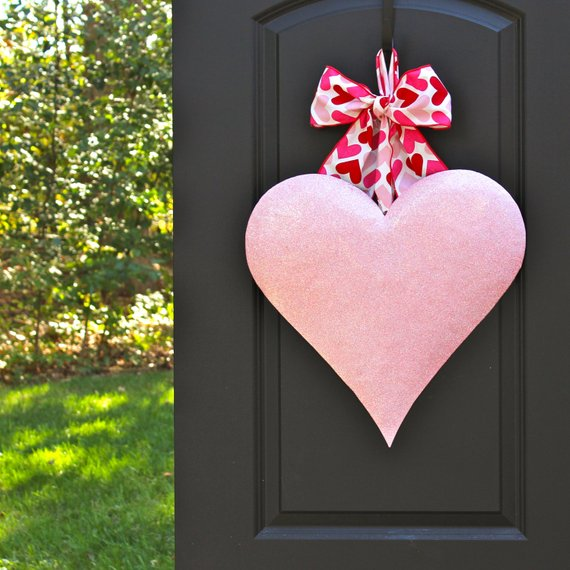 Pink Heart Valentine Wreath